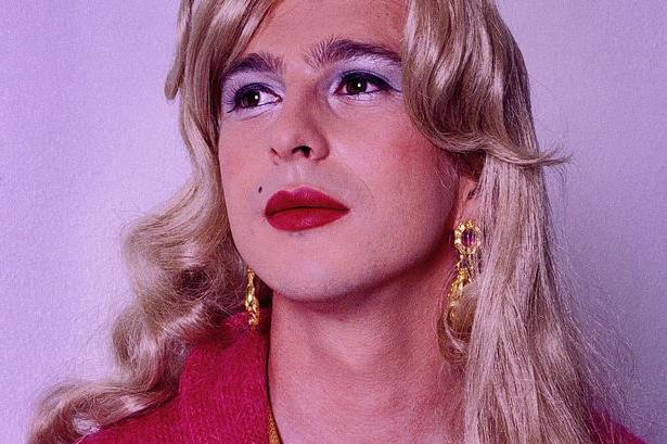 Трансвестит кто