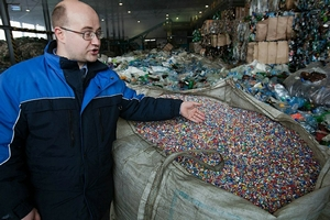 pererabotka-plastikovyx-butylok-kak-biznes-3