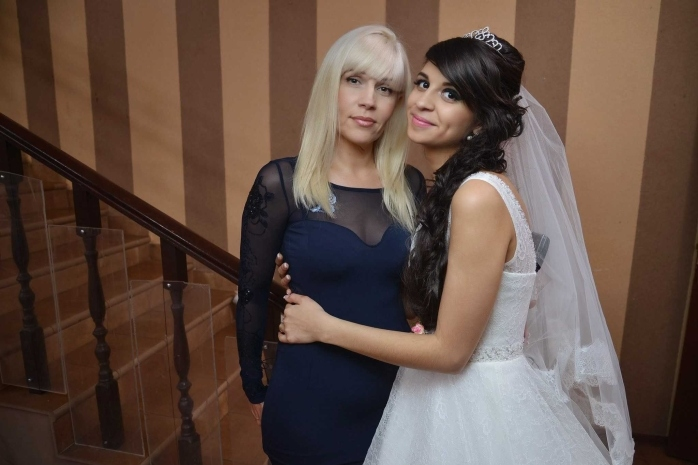 Алиана Устиненко смамой вдень своей свадьбы ?Фото: «Инстаграм»