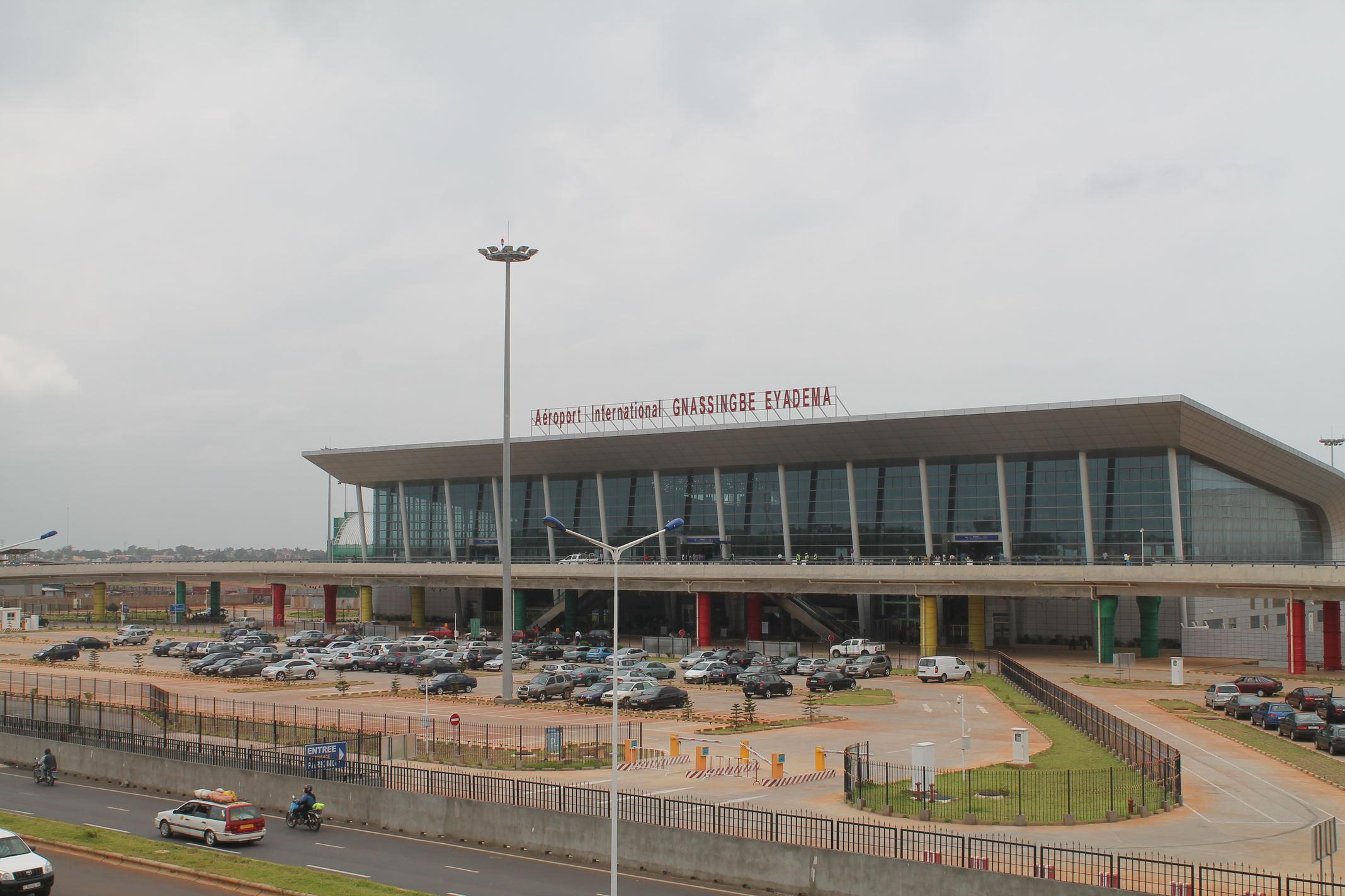 airport-lome-IMG_9728_kx2gxc