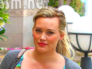 Hilary Duff gave birth to baby Luca 8 months ago, and is now showing ...