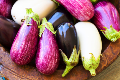 13 Health Benefits of Eating Eggplant: Fight Cancers ...
