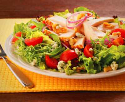 Lower Sodium Golden Classic® Chicken & Blue Cheese Salad | Boar's Head