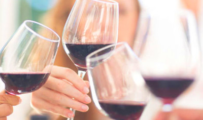 Red wine with dinner could HELP keep Type 2 diabetes under ...