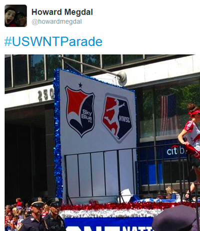 The 20 Best Tweets About the US Women's National Team Victory Parade ...