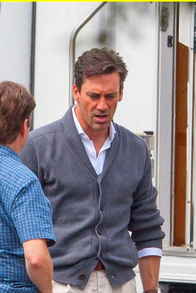 Jon Hamm's Tight Pants Are Back on 'Keeping Up with the ...