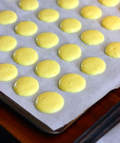 How to Make Macarons by Images