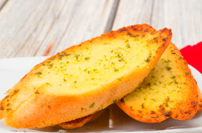 Garlic bread recipe - goodtoknow