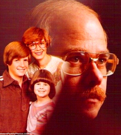 Father's Day 2012: Awkward Family Photos of embarrassing ...