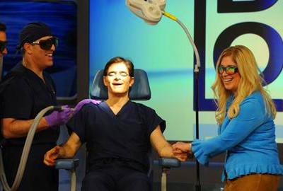 Dr. Oz performs surgery on Jimmy Fallon