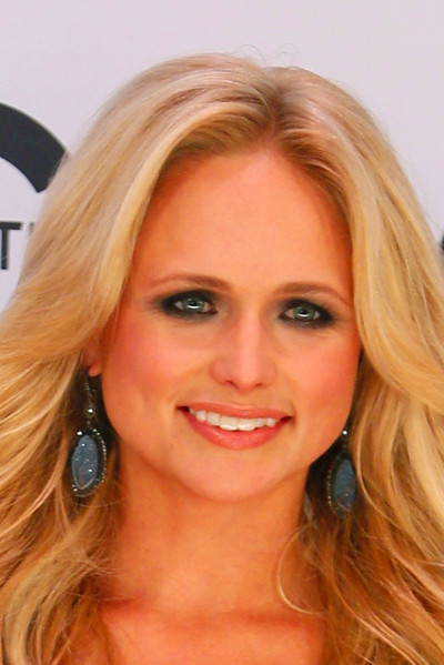 Miranda Lambert Weight Loss: Blake Shelton's Wife Defends Surgery ...
