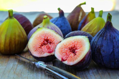 The Nutrition Profile for Calimyrna Figs | LIVESTRONG.COM
