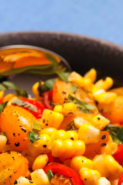 Fresh Corn Salad with Tomatoes and Basil ...