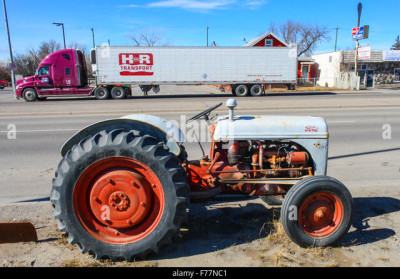 Tractor For Sale Stock Photos & Tractor For Sale Stock Images - Alamy