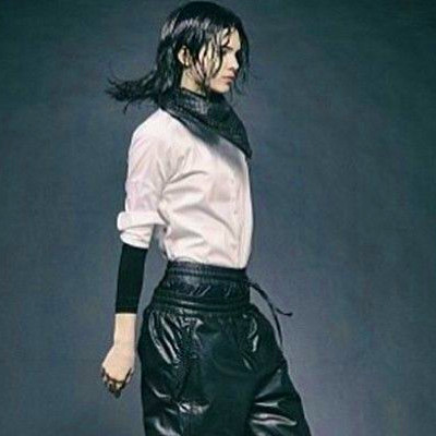 Kendall Jenner in Kenneth Cole. | King Sneakers | Pinterest