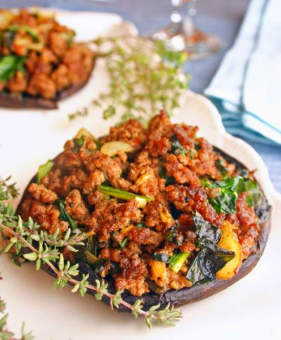 ground beef, garlic, onion and spinach. Just one of the 40+ recipes ...