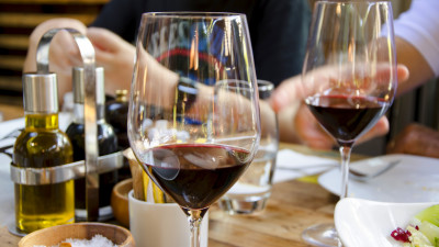 A Glass Of Wine A Day May Help Control Type 2 Diabetes ...