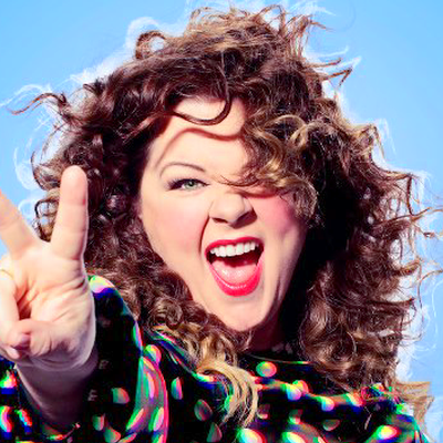 Video: Melissa McCarthy Falls on Stage and Mocks Fired Rutgers Coach ...