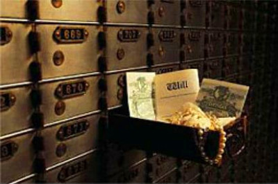 Your safe deposit box isn't safe from government asset confiscation | Nomad Capitalist
