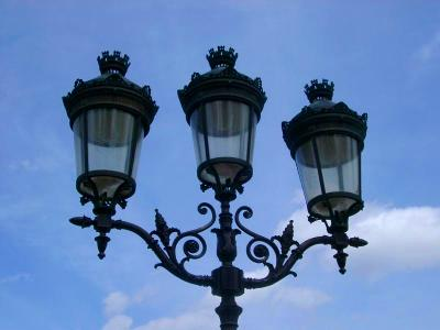 Paris Lamp Post | Woodworking Magazine Online