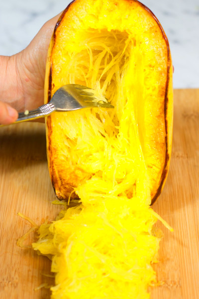 How to cut and prepare spaghetti squash