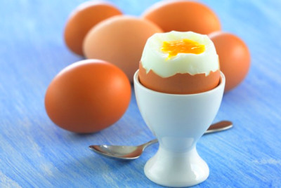 Eating eggs to benefit the body after labour - Ping Ming ...