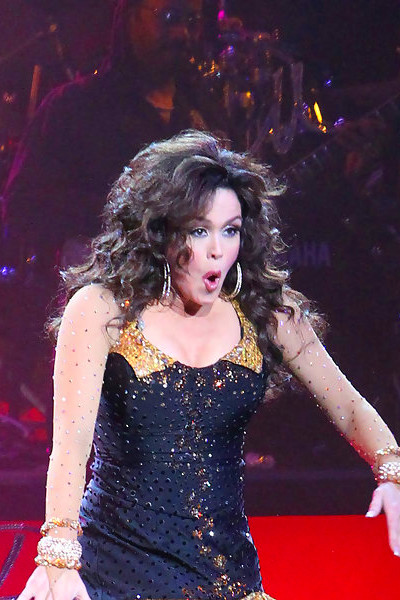 Marie Osmond Photos Photos - Marie Osmond Performs at the ...