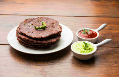 Ragi Roti - 1 Ragi Roti Calories, Nutrition Facts & Recipe