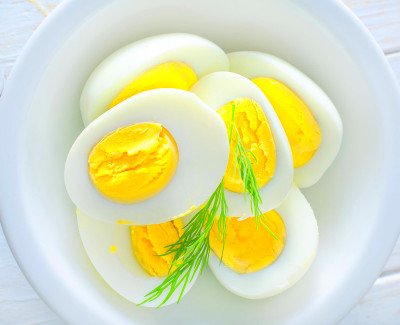 List of 5 Hard boiled eggs benefits to your health – 24 ...