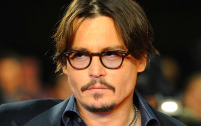Johnny Depp Hires Homeless Extras for Transcendence Movie