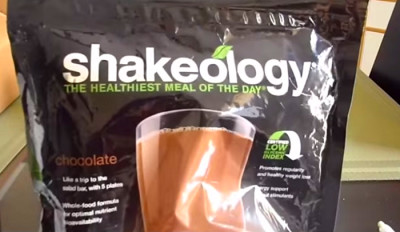 Difference Between Herbalife and Shakeology | HRFnd