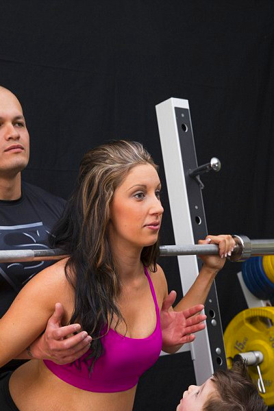 Brittany Hore, 33 weeks pregnant and STILL pumping iron | Daily Mail Online