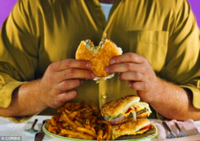 Being overweight, smoking and drinking 'cuts lifespan by ...