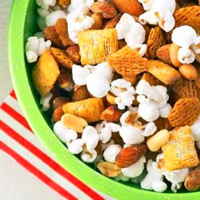 Diabetes-Friendly Snack & Party Mixes | Divide and Conquer Carbs | Diabetic snacks, Snacks ...