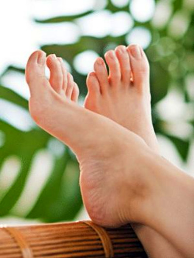 11 Tips to Protect Your Feet and Legs if You Have Diabetes ...