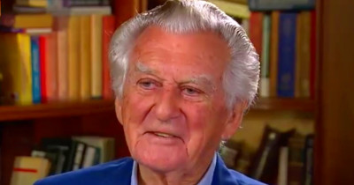 Bob Hawke suggests today's leaders take a leaf from his ...
