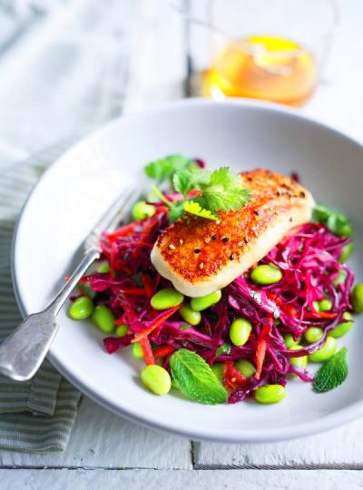 Cabbage, Edamame and Grilled Halloumi Salad | Ricardo