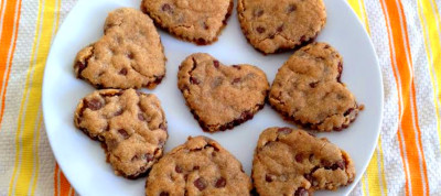 Heart-Shaped Whole Wheat Chocolate Chip Cookies - Mommy Nearest
