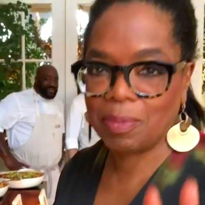 See Oprah's Lavish Thanksgiving Spread — Including Four 22 ...