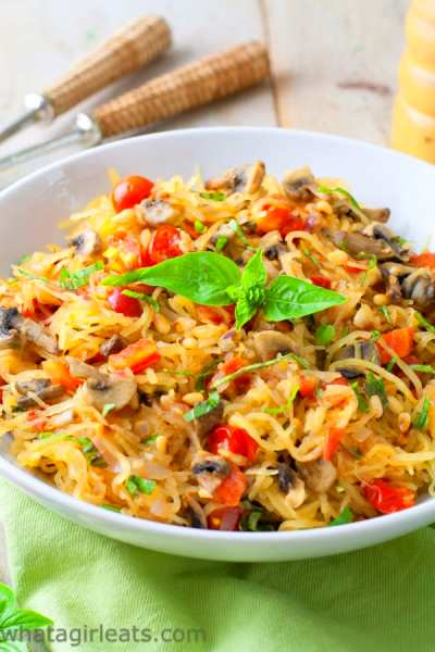 Tomato Mushroom Spaghetti Squash {Whole30 Recipe}What a Girl Eats