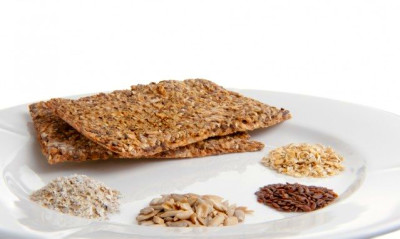 Healthy Superfood Snacks That Will Keep You Full Between Meals