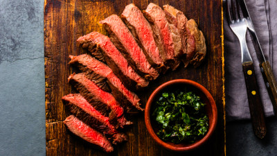 Should People with Diabetes Try Eating All Meat, All the Time?