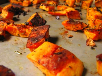 Roasted Garlic Rosemary Sweet Potatoes • Loaves and Dishes
