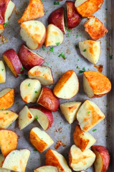 Roasted Red Potatoes - Mama Loves Food