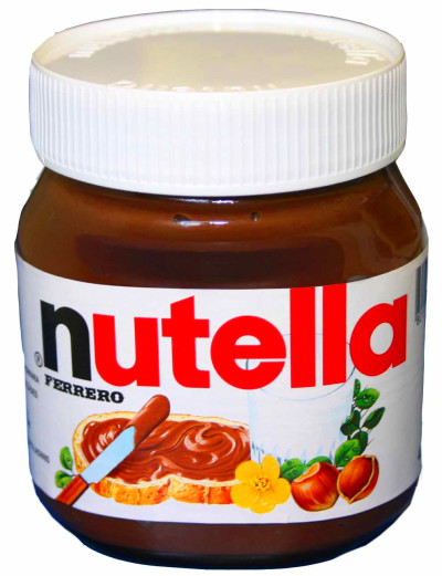 Mom Sues Nutella For False Advertising | So Fresh and So Green