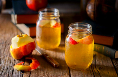 How to use apple cider vinegar: 10 healthy ways to use it ...