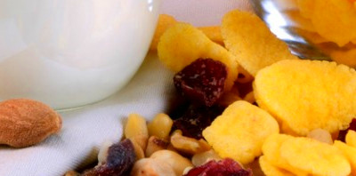 Your guide to healthy snacking - Yogurt in Nutrition