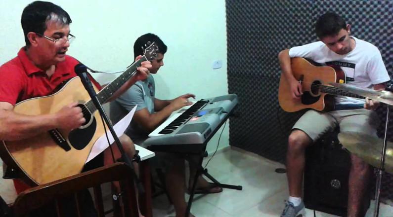 Luiz Pissi - Ensaio da Musica. Humilde Adorador