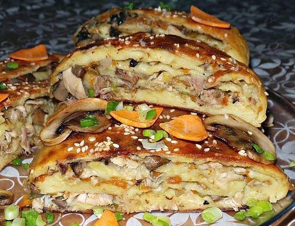 Рулет с грибами и курицей картофельный