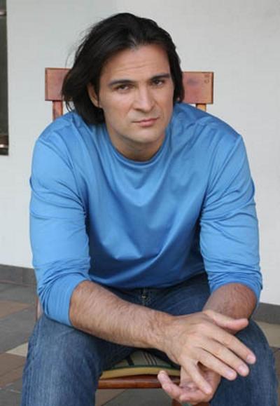 Актер Александр Дьяченко
